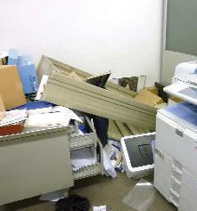 Interni devastati dal terremoto