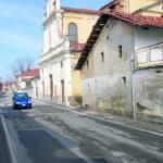 Bandito avrà una piazza accanto alla chiesa?