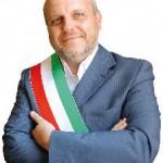 Viva l'Italia. Tra neoborbonici che accusano i piemontesi e leghisti con lo stereotipo del Sud sanguisuga