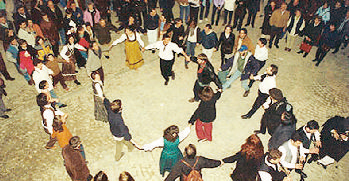 Balli tradizionali in piazza