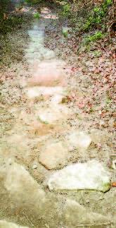 La scalinata originaria in pietra