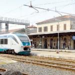 Treni cancellati: protestano pendolari e Comune