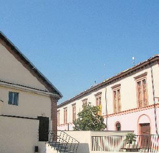 Nell'ex caserma ci sono oggi Biblioteca e auditorium (foto Marcato).