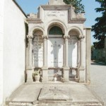 Il Comune mette in vendita sei tombe antiche