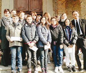 Studenti con Alberto Cirio, Paola Bogetto e Roberto Bodrito