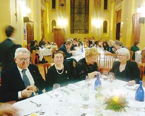 Una cena al ristorante dell'istituto Velso Mucci