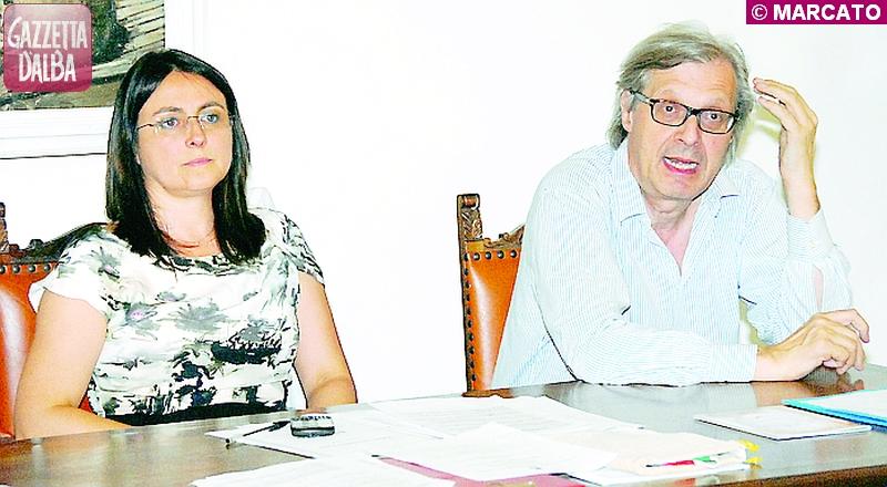 Il sindaco di Baldissero Cinzia Gotta e Vittorio Sgarbi