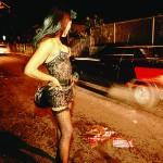 Bra: in auto o a piedi, vietato avvicinare le prostitute