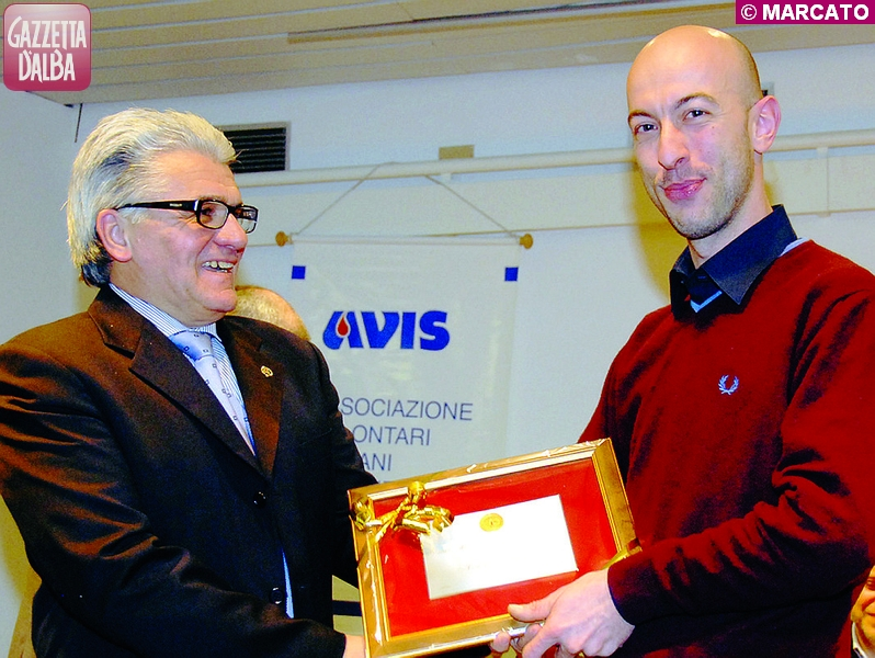 Flavio Zunino premia il donatore Marco Agosto