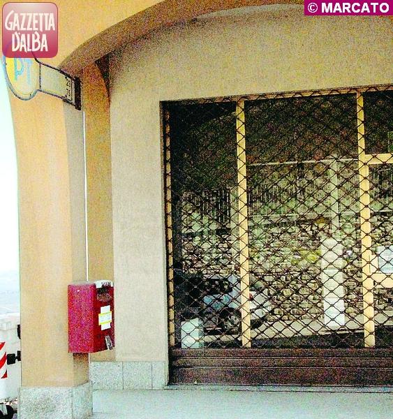 ufficio postale chiuso