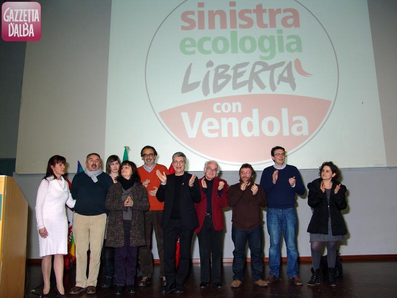Candidati Sel con Nichi Vendola. Bra, 16.2.2013. Foto Pino Cramarossa