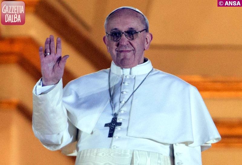 Il Papa prega per i malati che muoiono soli e per le famiglie