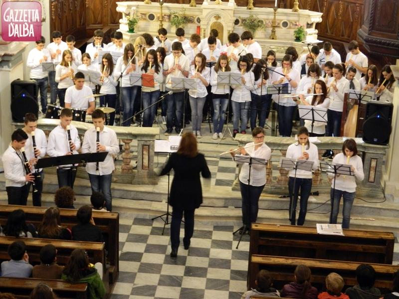 Sabato 8 gli Auguri in musica dei ragazzi delle scuole di Canale