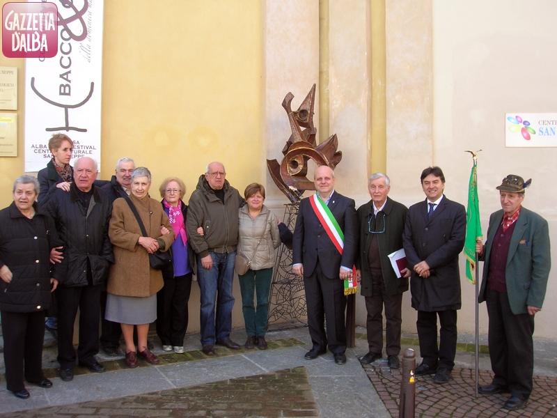inaugurazione_scultura_padre_girotti_giusti_aprile_2013