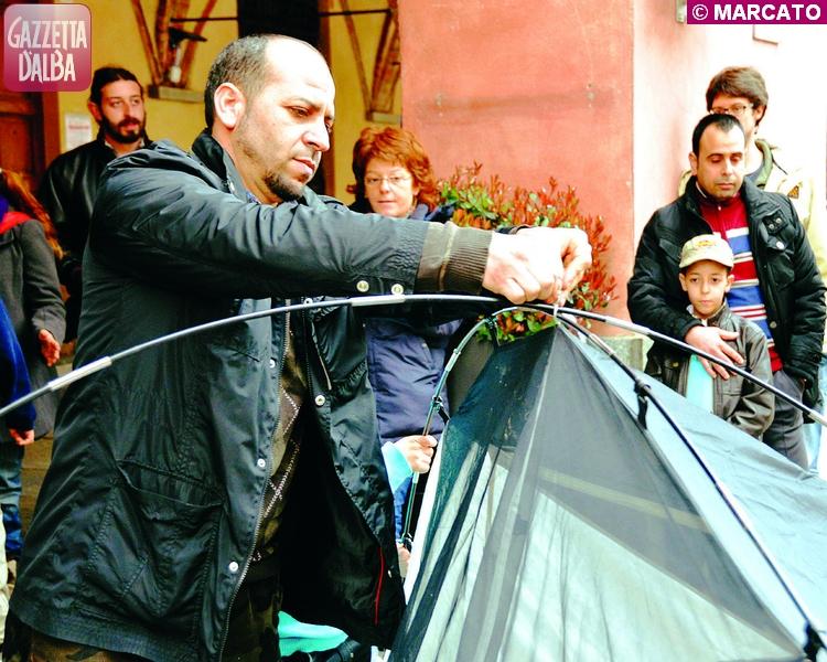 sfratto tenda municipio younes