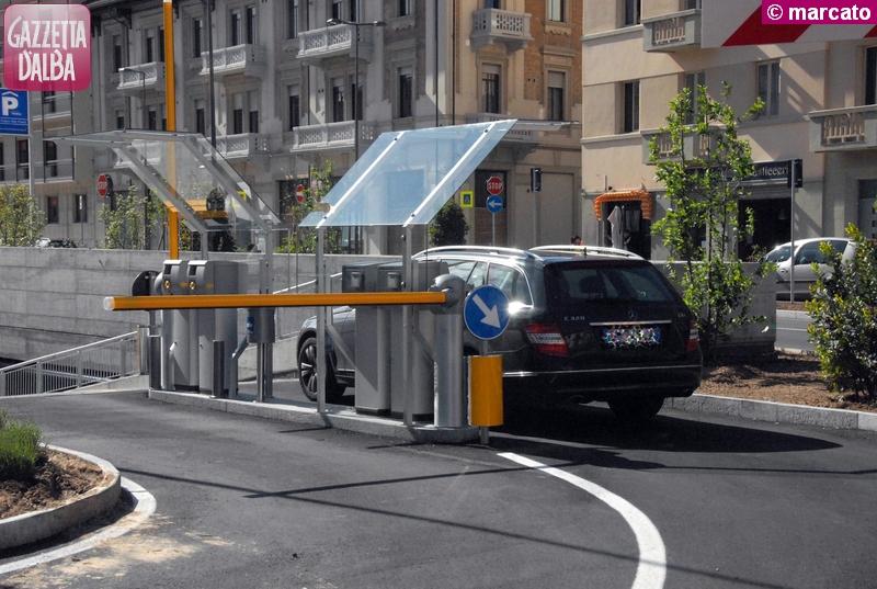 Prolungata fino al 2030 la concessione a Parcheggi Italia dell'interrato di piazza San Paolo