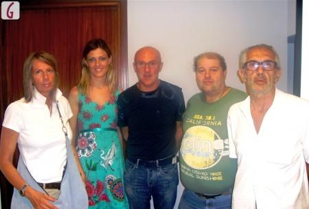 i componenti del gruppo ristretto interno al Comitato insieme a Elena Giachino dell'Aca (seconda da sinistra): Elena Bassino, il presidente Luciano Novo, Gianfranco Costa, Marino Dellapiana.