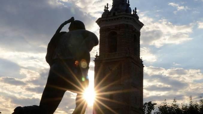 """Rubata a La Morra la """"Statua del vignaiolo"""""""