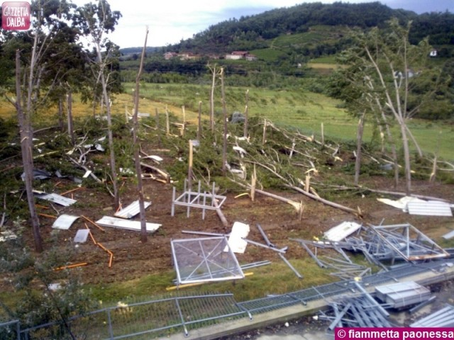 La tromba d'aria dell'estate 2013 ha causato ingenti danni in Valle Bormida