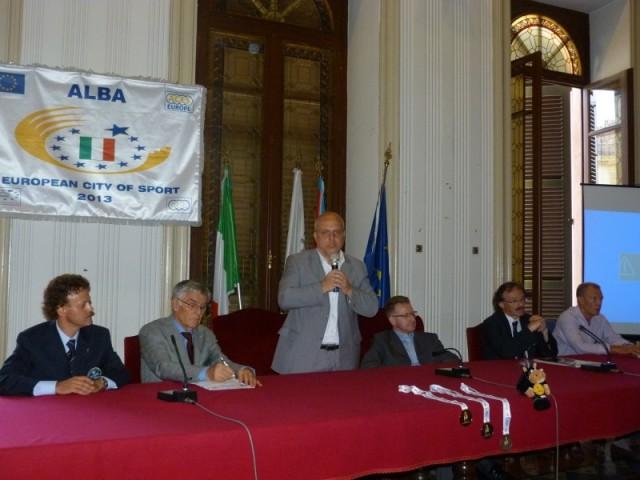 Da sinistra: Claudio Piazza, Olindo Cervella, Maurizio Marello, Giuseppe Rossetto (vice presidente Provincia di Cuneo), Stefano Stefanel, Pierluigi Aschieri.