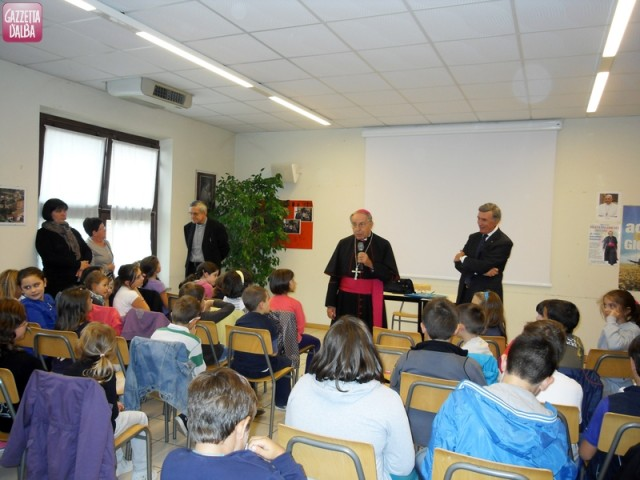 vescovo-doposcuola-piobesi-ottobre2013
