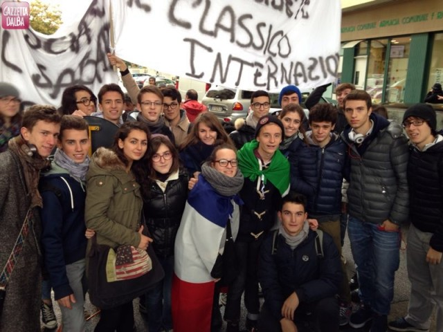 protesta-settimana-corta-studenti-govone-alba-novembre2013 (8)