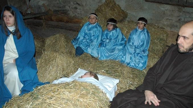 I giorni di vigilia Dogliani si anima con il presepe vivente