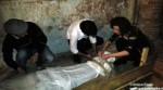 Il sarcofago della mummia in mostra ad Alba.