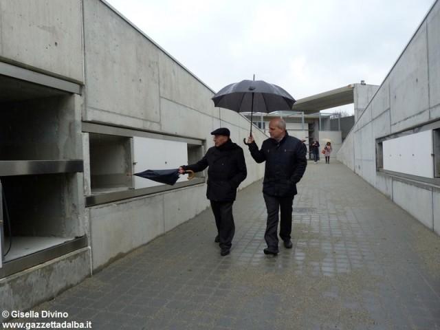 sopralluogo-cimitero-marello-vescovo-lanzetti-marzo2014