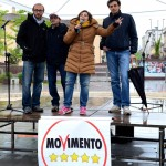 Elezioni: deputati e candidati 5 stelle in piazza ad Alba