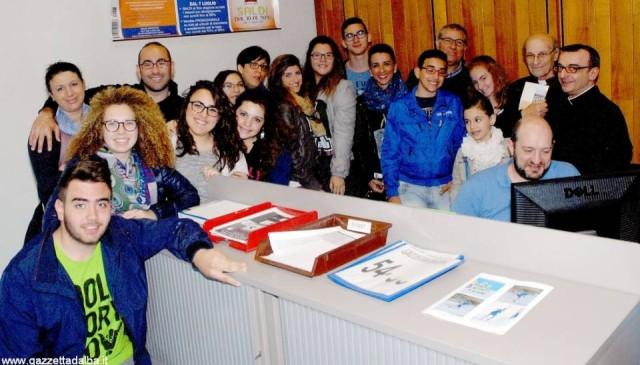I ragazzi della parrocchia del Sacro Cuore nella redazione di Gazzetta