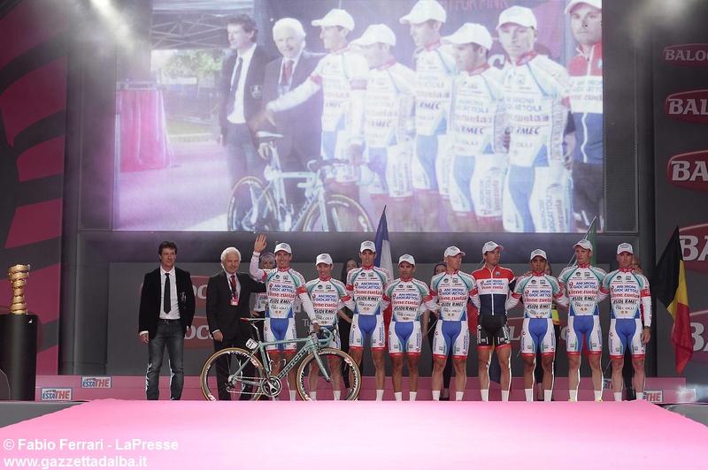 presentazione-androni-rosa-giro-d-italia-ciclismo2014