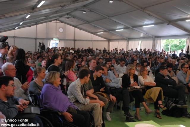 pubblico-festival-dogliani-maggio2014