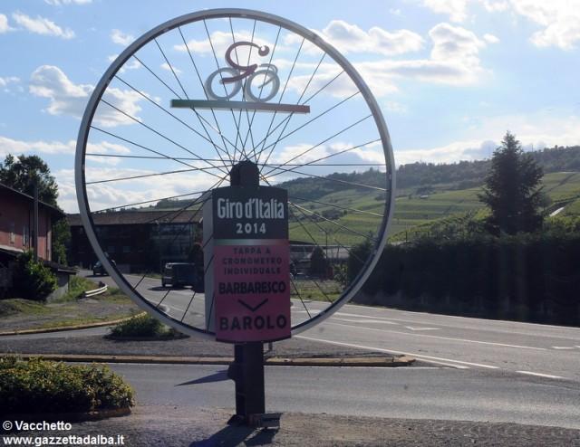 ruota-giro-ciclismo-barolo-maggio2014