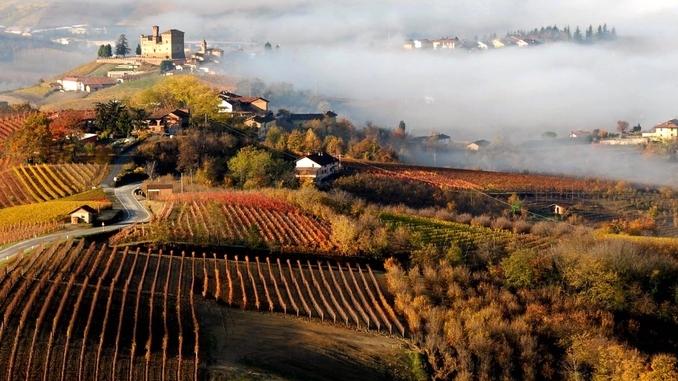 Incidente con il trattore a San Rocco Seno d'Elvio, muore un agricoltore