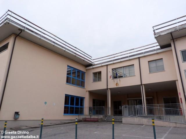 lavori-tetto-scuola-coppino-alba-agosto2014