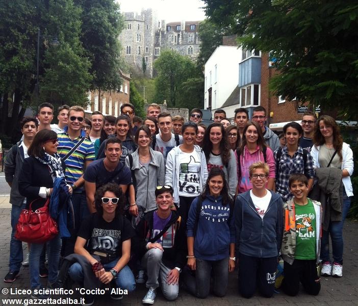 studenti-liceo-cocito-alba-inghilterra-2014