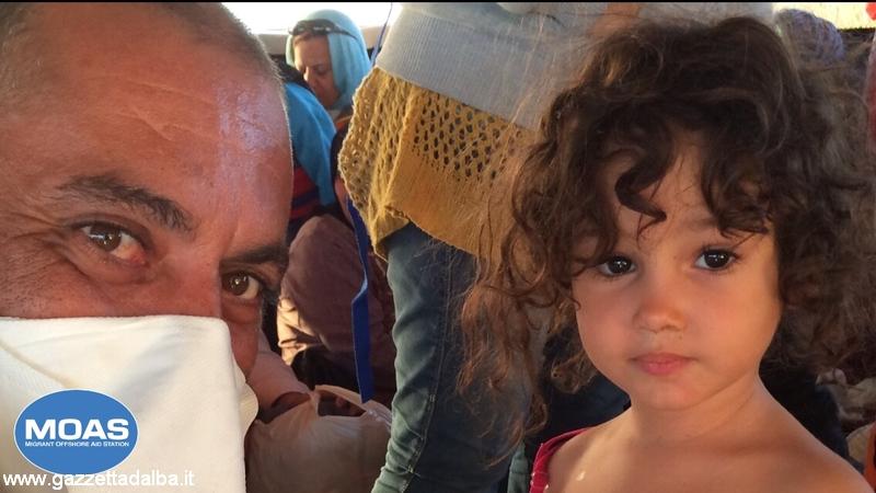 La bambina siriana che fuggiva verso l'ignoto