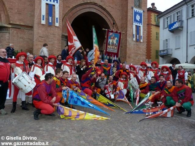festival-bandiera-alba-2014a