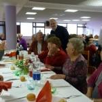 Alba, 200 anziani alla festa di Natale in via Rio Misureto