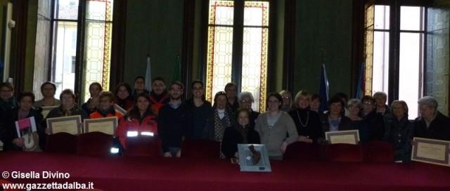 riconoscimento-donne-volontarie-alba-dicembre2014