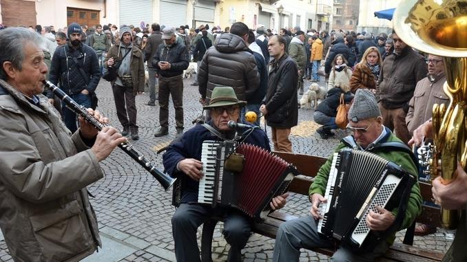 A Montà si apre il Festival internazionale della canzone al tartufo