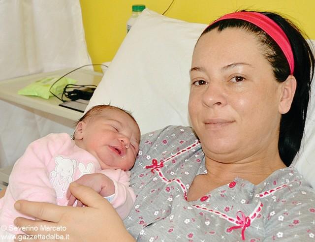 Giada Lano, nata alle 20.48 del 31 dicembre da Veronica Delia Peter  e papà Gianni, da Canale, è stata l'ultima dei 1.007 bambini venuti alla luce nel 2014.