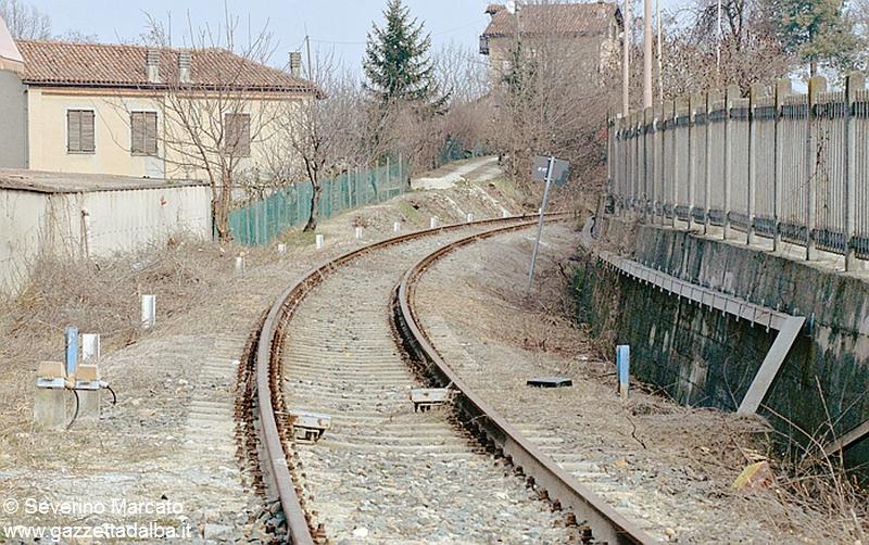 alba asti ferrovia abbandonata