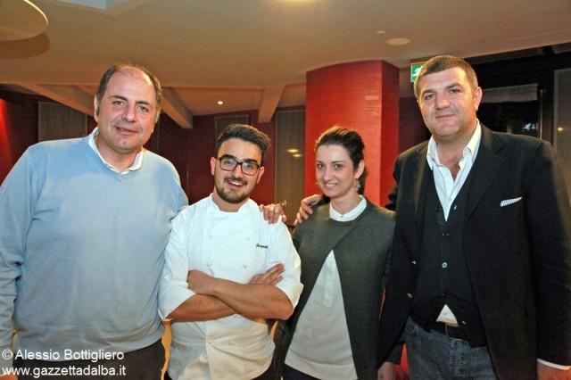 Da sinistra il collaboratore esterno Mimmo Caruso, lo chef de La Rei di Serralunga Pasquale Laera, l'amministratore delegato Valentina Dogliani e il responsabile consulenze di Boscareto, Vincenzo Siani.