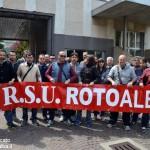 Continua lo sciopero alla RotoAlba. Nulla di fatto nell'incontro con la proprietà