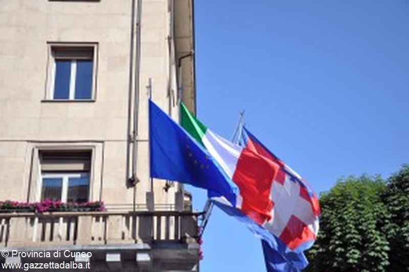 provincia cuneo bandiere