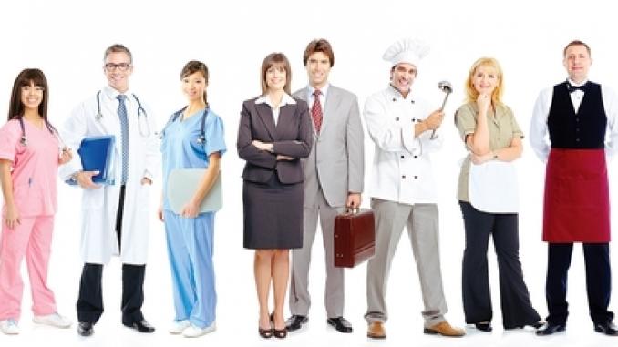 Lavoro: si riduce la differenza di reddito tra dipendenti pubblici e privati