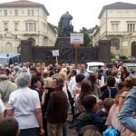 Ostensione da record, 3 milioni di pellegrini a Torino per la Sindone