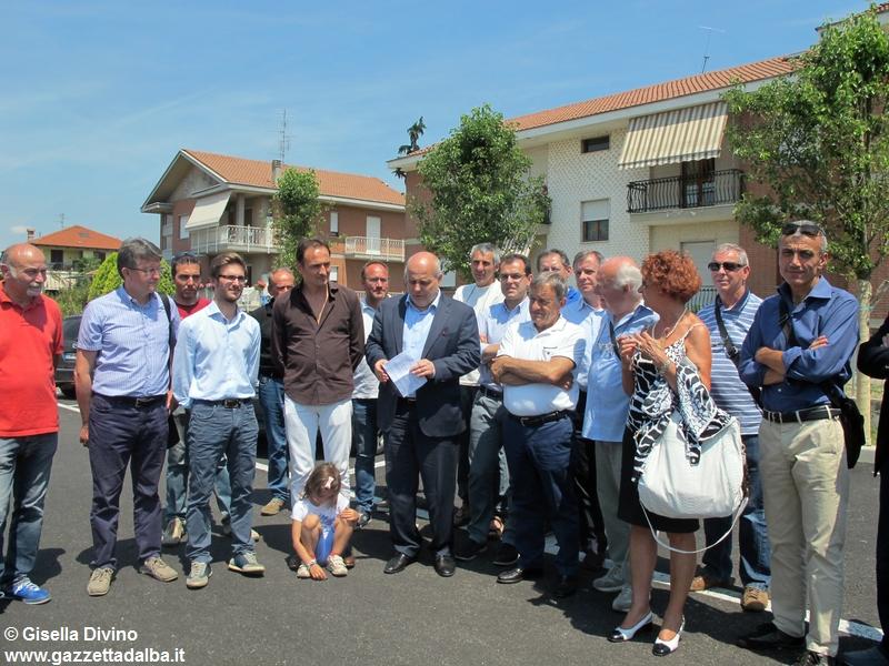inaugurazione-parcheggio-corso-piave-alba-giugno2015 (1)